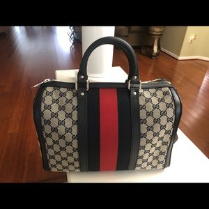 Gucci Boston bag NEW never used!  Great Condition